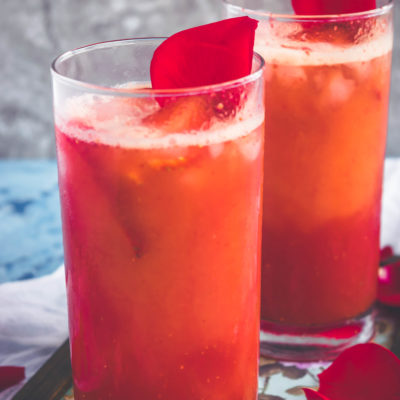 Tropical Orange Strawberry Spritzer – A Non Alcoholic Party Drink!