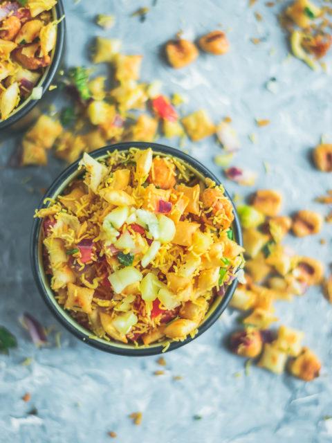 Crispy & Masaledar Cheeselings Bhel - No Cook Recipe!Appetizers & Snacks