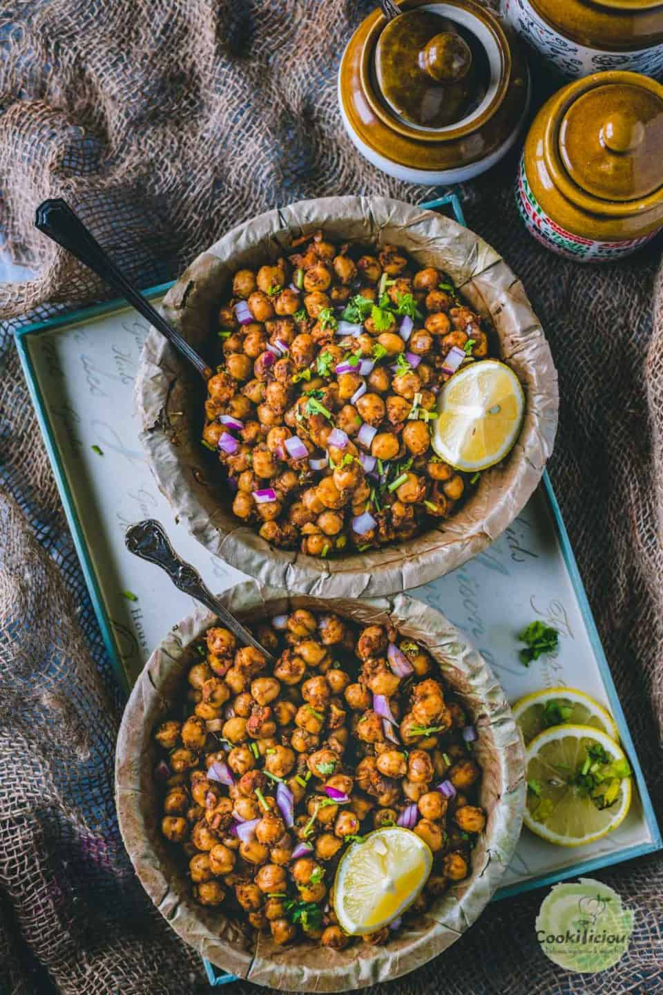 2 bowls of Tawa Chole