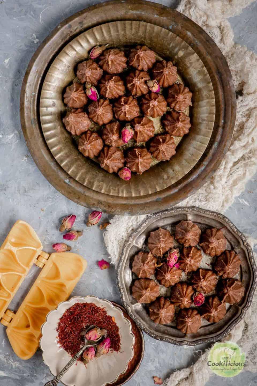 2 platters filled with Chocolate Mawa Modak
